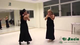 Aprender a Bailar las Sevillanas con El Rocío Trajes de Flamenca