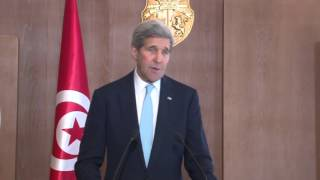 رئيس الجمهورية  يستقبل وزير الخارجية الأمريكي جون كيري