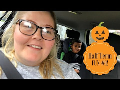 October Half Term Fun Vlog #1 | Community Centre Picnics & Crazy Lego Building!