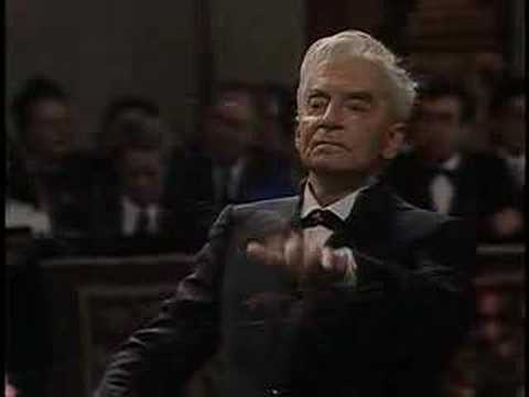 Strauss  Radetzky March  Karajan