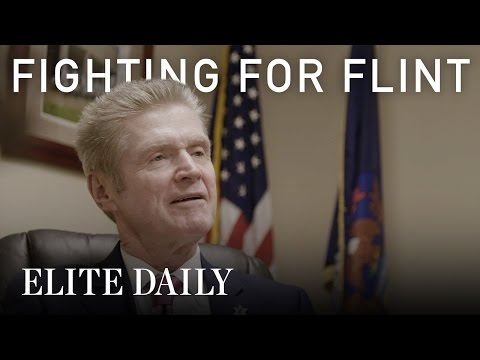 Flint Michigan Sheriff Blames Government For Water Crisis [Fighting For Flint]