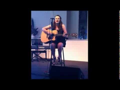 Codi Kaye at 14 singing (cover)