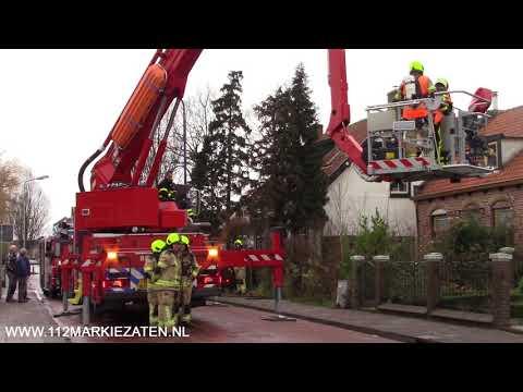 Hoogwerker ingezet voor schoorsteenbrand in Stavenisse
