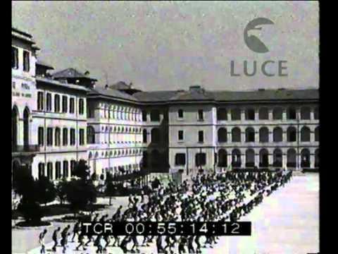 Volpi visita la caserma della Guardia di Finanza a Roma
