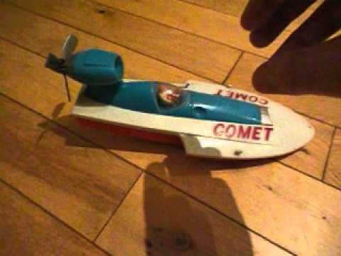 BATTERY OPERATED VINTAGE COMET BOAT TOY 1960\'s - YouTube