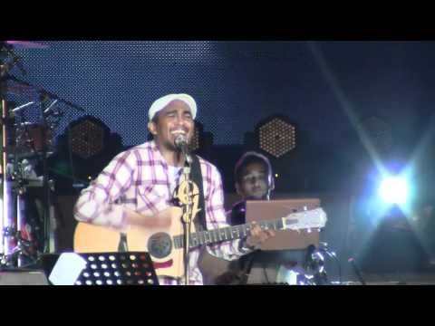 Glenn Fredly - Kisah Romantis @ Jakarta Fair 2011 [HD]