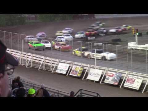 Nodak Speedway IMCA Stock Car A-Main (5/21/17)