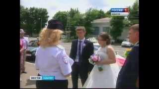 Поведение участников свадебных кортежей под контролем полиции
