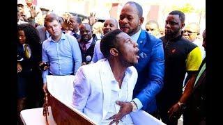 Elliot How?? Alph Lukau Raises Dead Man Then Feeds Him Sadza 🍛