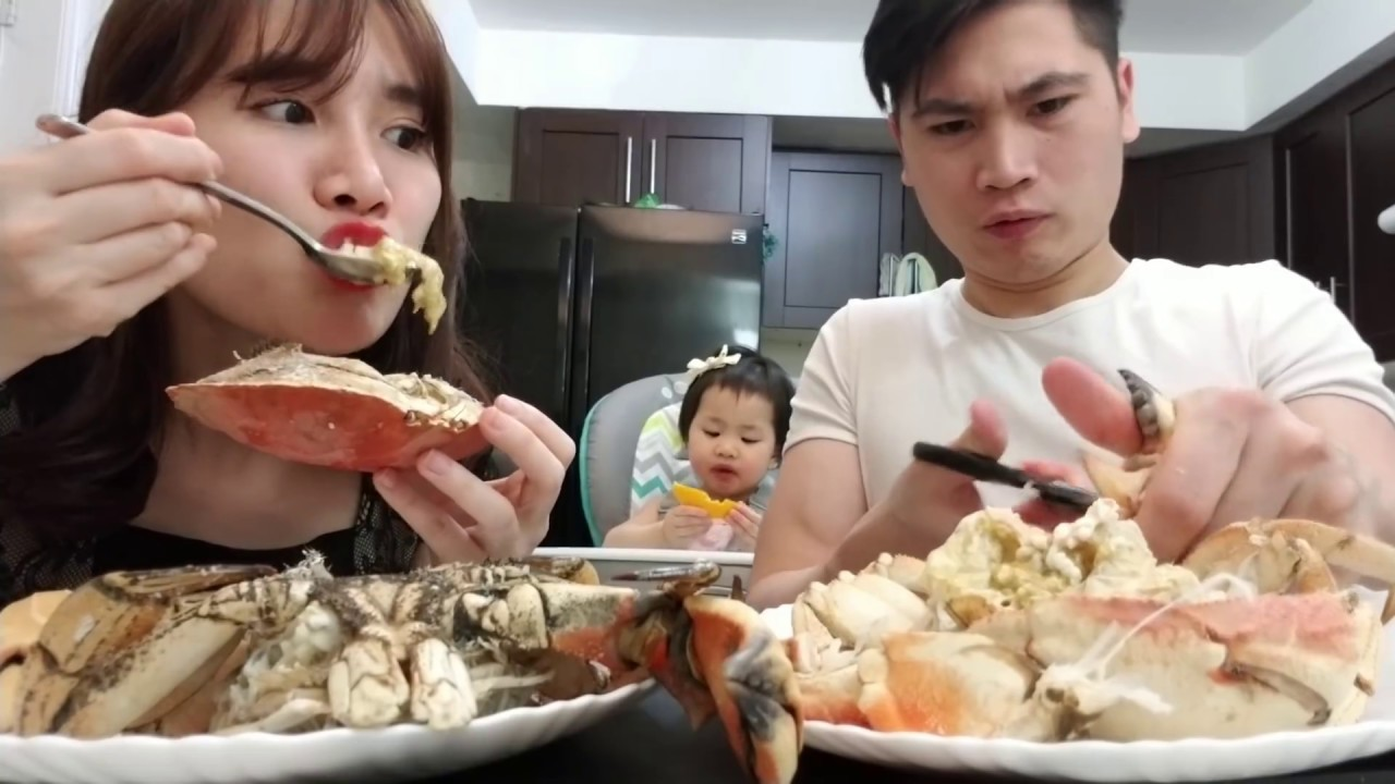 ĂN THỬ CUA ĐÁ NGUYÊN CON ( Live Rock Crab Canada) - bản Full HD
