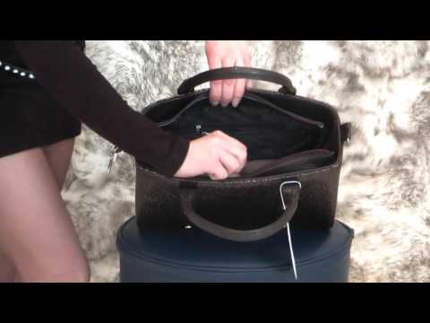 de45deef56c8 Замшевые сумки с короткими ручками женские фото каталог и цены ...