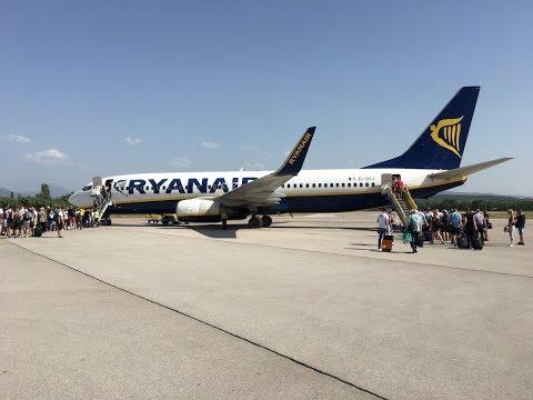 Nis INI takeoff - Ryanair B737-800