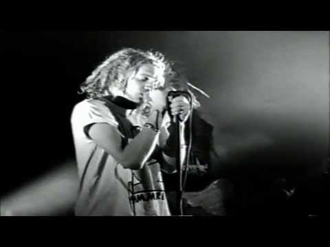 Alice In Chains - Love, Hate, Love (Live In Seattle