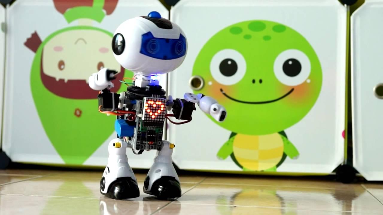 Convert toy to arduino humanoid robot using lego technic