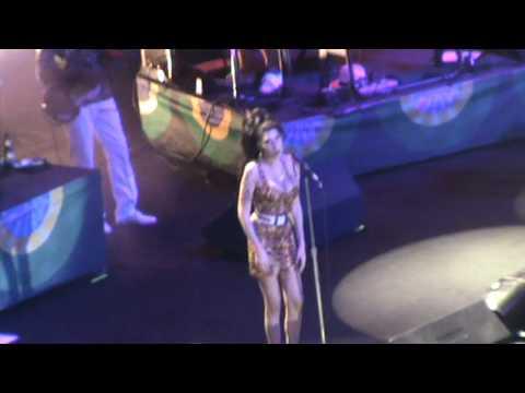 Boulevard of Broken Dreams - Amy Winehouse (Rio de Janeiro @ HSBC Arena)