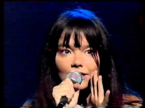 "Bjork LIVE - ""It's Oh So Quiet"" - '95"