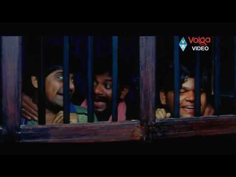 Jr NTR And Sameera Reddy Romantic Scene From Narasimhudu Movie..
