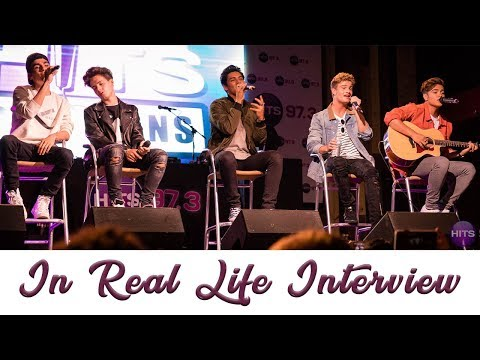 In Real Life Discuss Relationship Status, Dating Fans, And Sing Happy Birthday