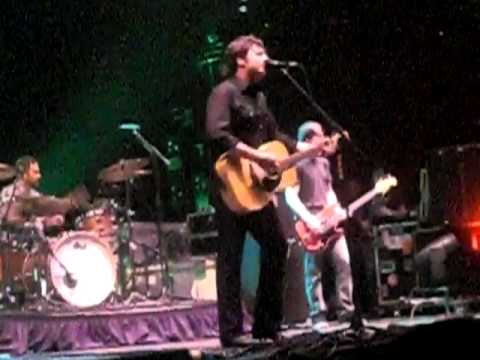 Jimmy Eat World - Last Christmas live 12-12-10 San Diego - YouTube