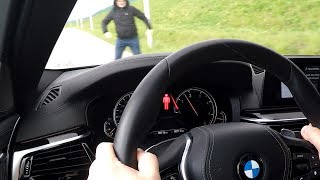 BMW: Pedestrian Warning with City Braking Activation real test. BMW 5, 7 and X5 :: [1001cars]