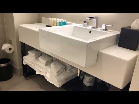 Embassy Suites by Hilton New York Midtown Manhattan: our room review