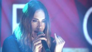 Melanie C / Mel C live performance of Too Much in the show case | B...