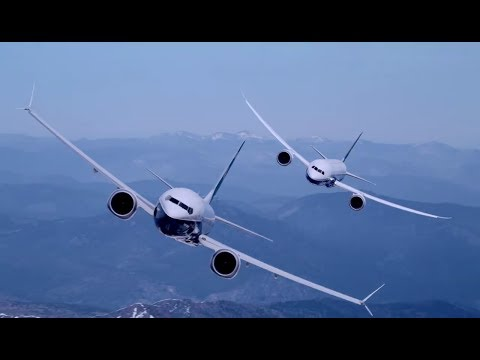 Boeing 787-10 Dreamliner and 737 MAX 9 Paris Air Show performance