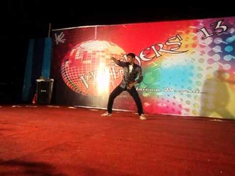 Oru Maalai Dance