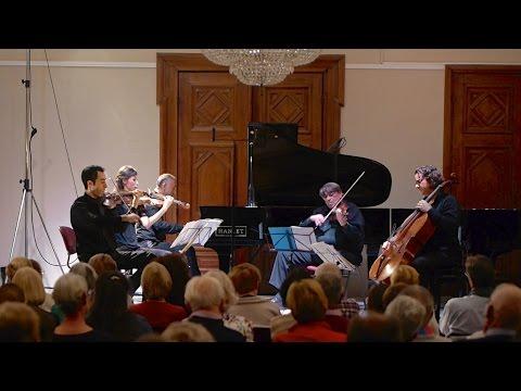 Schumann - Piano quintet in E-flat major op. 44 (complete)