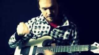 Как играть на гитаре чисто и аккуратно и как избавиться от лишних звуков при игре с перегрузом(В этом видео поговорим о том как играть чисто на перегрузе. Думаю многие знают что играя с дисторшн бывает..., 2015-01-21T14:34:00.000Z)
