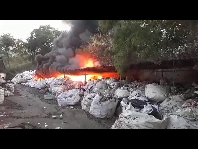 Incêndio em Volta Redonda prejudica sede da Cooperativa de Catadores e Catadoras Reciclar-VR