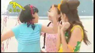 Gambar cover 2009 年  M-GIRLS   -  「桃花开了」贺岁专辑 : 剧场「幸福村同欢共乐贺新年」