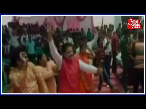 BJP Leader Devji Dance With Sword In Hand In Gujrat