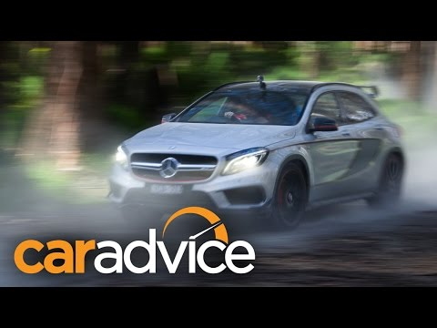 Mercedes-Benz GLA45 AMG : Review