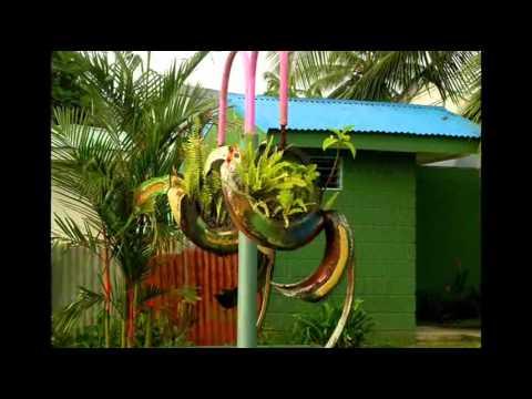 видео: Декор сада   Поделки из покрышек своими руками