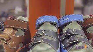 видео Для правильного формирования детской стопы нужно носить правильную