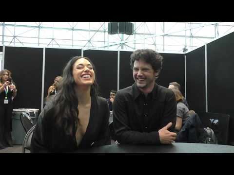 NYCC 2019:  ROSWELL, NEW MEXICO - Jeanine Mason, Nathan Parsons