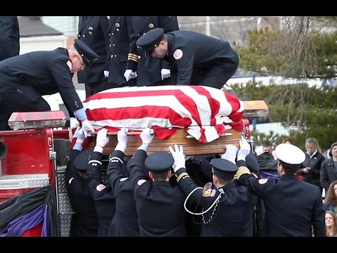 Illinois firefighter honored by hundreds