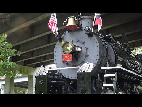 Great Smoky Mountains Railroad 1702 (July 22, 2016)