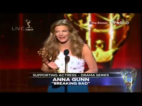 Anna Gunn WINS EMMY AWARD FOR SUPPORTING ACTRESS