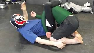 Grappling Technique -  armbar to triangle transit