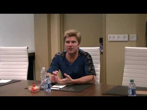 Sakura-Con 2017 - Vic Mignogna Interview