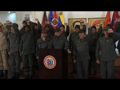Venezuela: l'armée jure fidélité à Maduro et bloquera l'aide