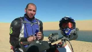 عُشاق الدراجات النارية بمصر يستكشفون الصحراء الغربية المُذهلة