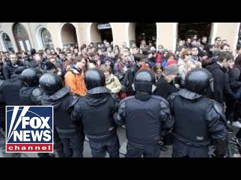 Russian opposition leader arrested during protests