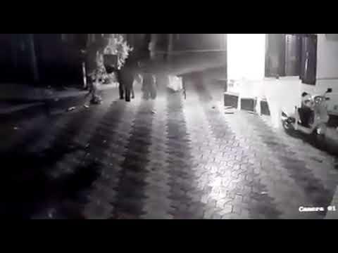 രാത്രി കയറിയ കള്ളൻ ന്റെ CCTV ദൃശ്യം
