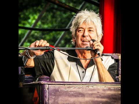 "Ian McLagan performing ""Date With An Angel"" from the film Road To Austin"