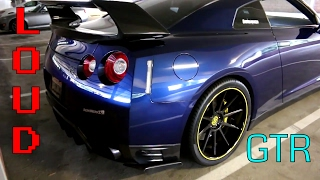 SUPER LOUD Straight Piped GTR.. Insane Revs and Setting Off Car Alarms!!