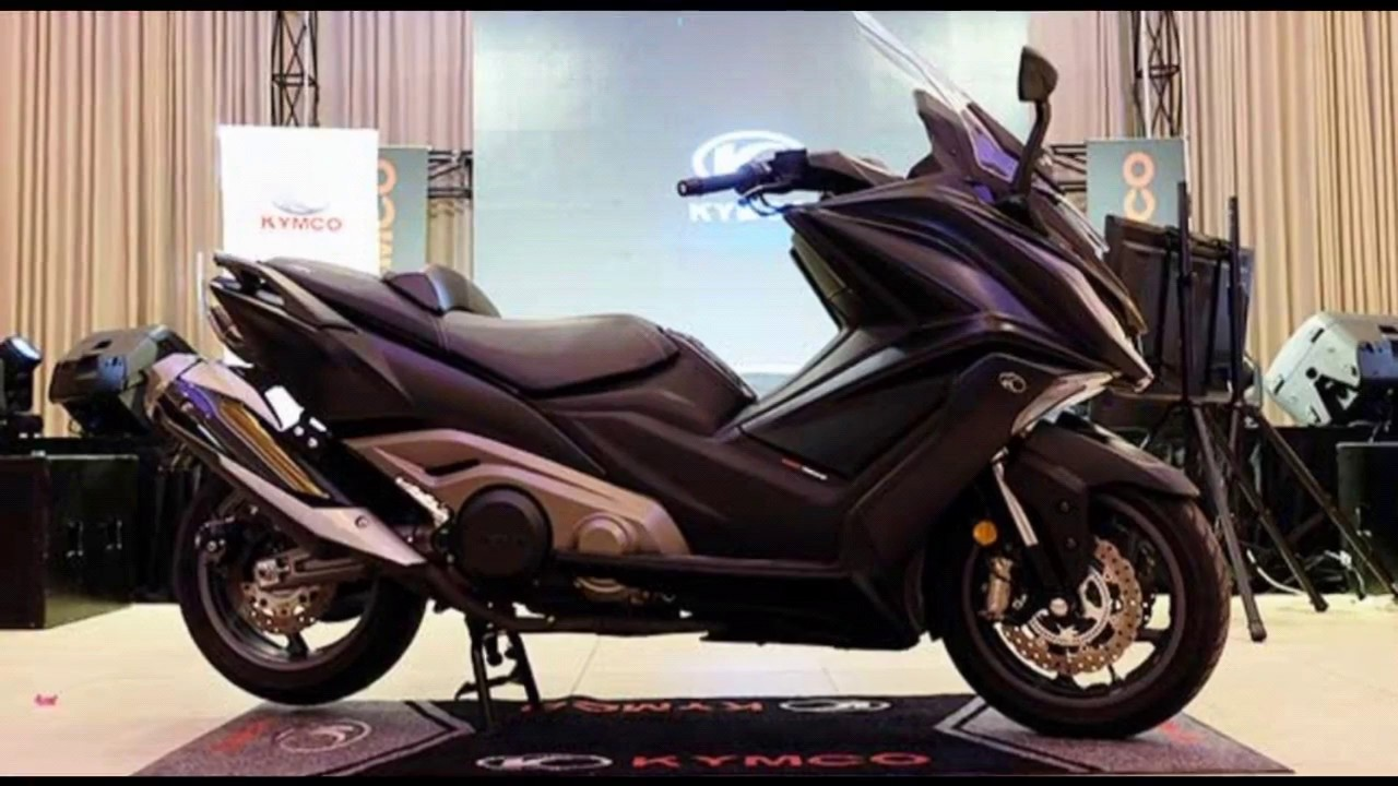 the all new 2018 kymco ak 550 super touring maxi scooter youtube. Black Bedroom Furniture Sets. Home Design Ideas