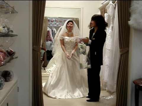 Wedding Dresses in Japan!